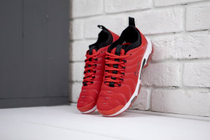 Кроссовки AIR MAX PLUS TN ULTRA RED