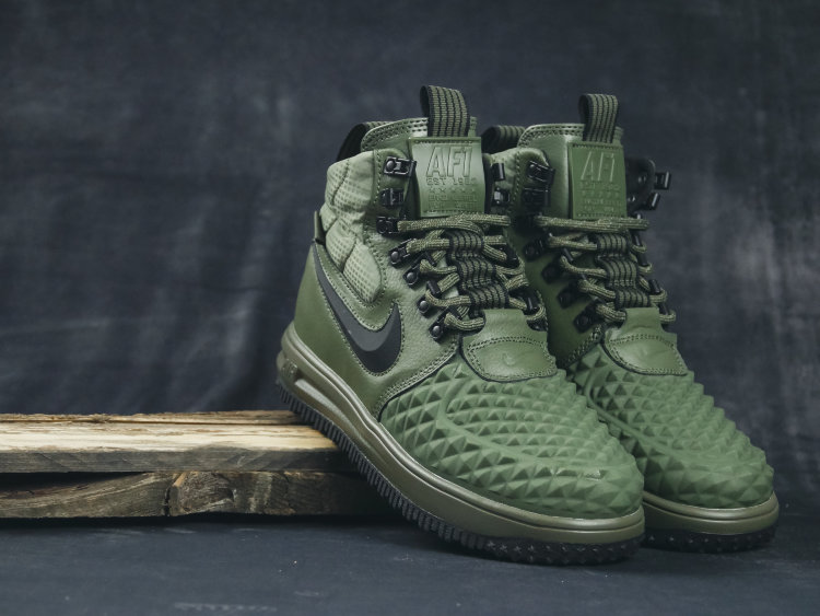Кроссовки Nike Air Force 1 DUCKBOOT 17