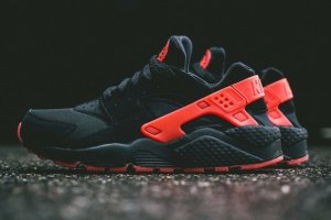 Кроссовки Nike Air Huarache Black//Red