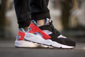 Кроссовки Nike Air Huarache Run FB QS