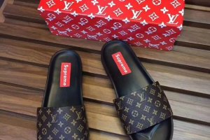 Тапки Supreme Louis Vuitton