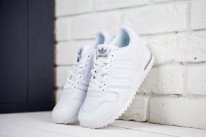 Кроссовки Adidas ZX 700 Royal White 3