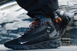 Кроссовки Nike React Runner Mid WR ISPA - Black/White