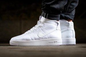 Кроссовки Nike Af1 Ultra Flyknit Mid White