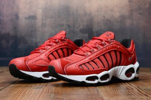 Кроссовки Nike Air Max Tailwind IV red