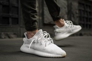 Кроссовки Adidas Yeezy Boost 350 V2 Cream White